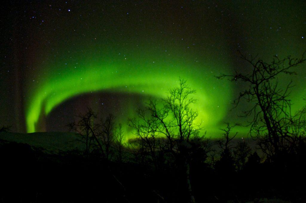 Nordlys over fastlandet, Tromsø. Foto: Eimund Bakke