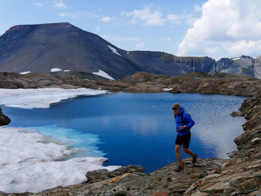 Uld vil også egne sig fremragende til lange trailrunningture. Her omkring Chamonix, Frankrig. Foto: Jesper Helbo Knudsen.