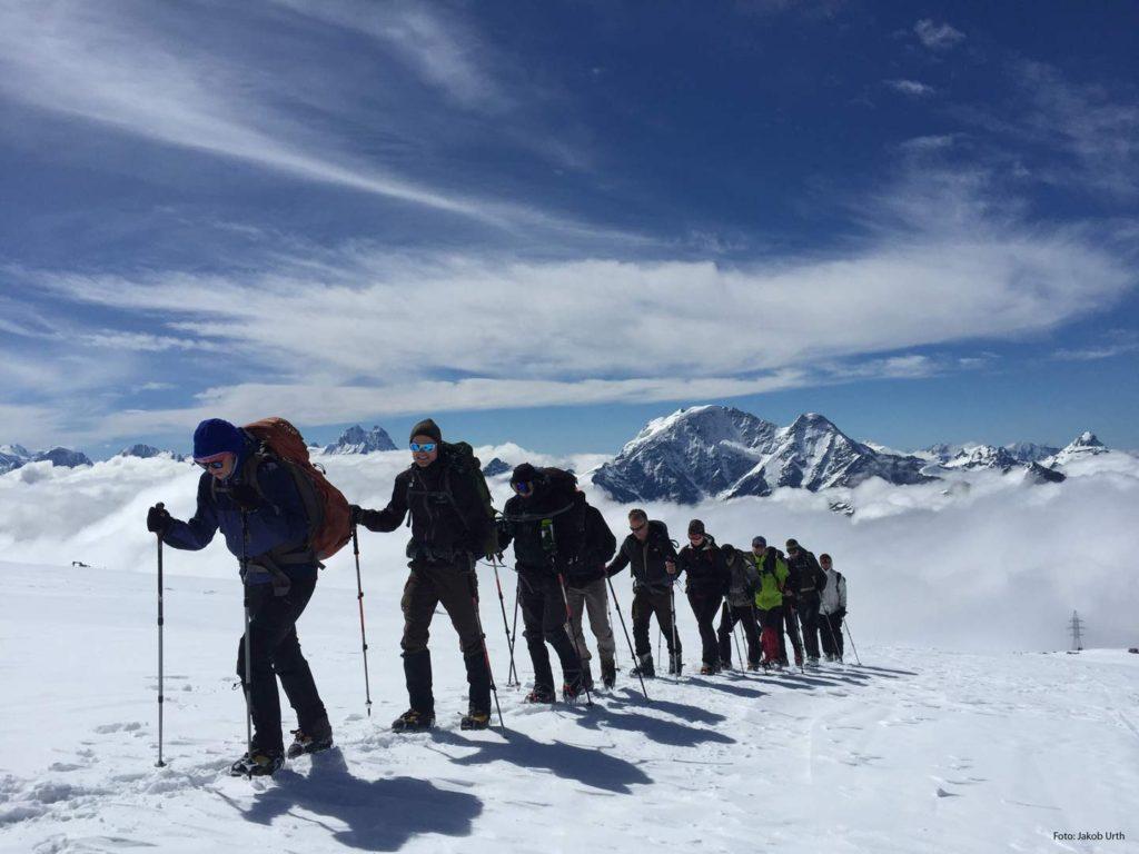 På vej mod toppen af Elbrus. Foto: Jakob Urth.