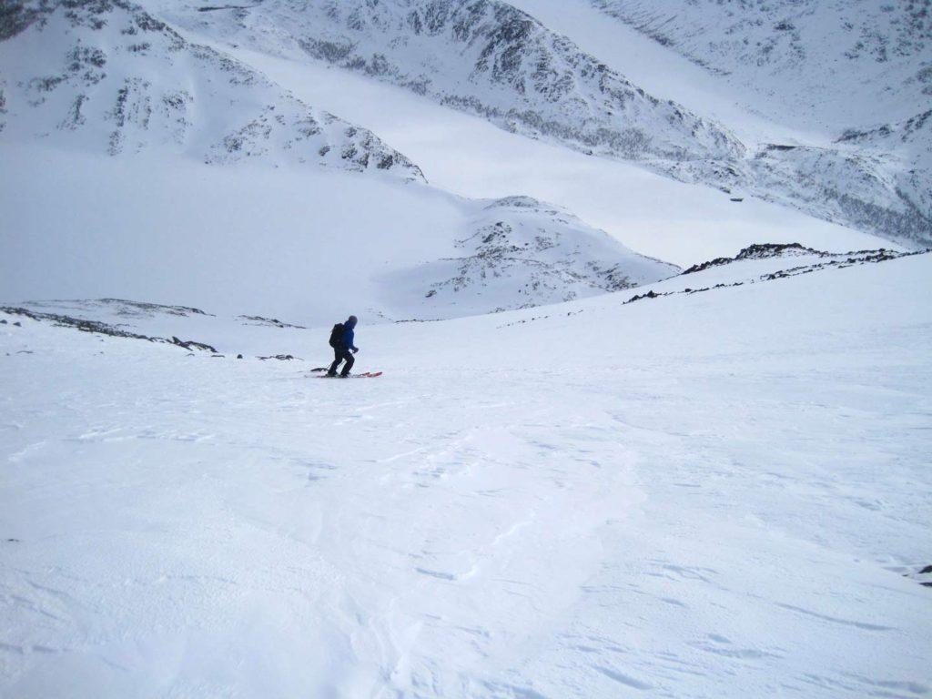 Toppen af sydøstrenden ned fra Besshøe. Foto: Rasmus B. Munk