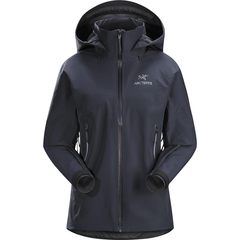 b6168611 Arc'teryx Women's Beta AR Jacket. Farve: Black Sapphire II. 380 g. 4499,-
